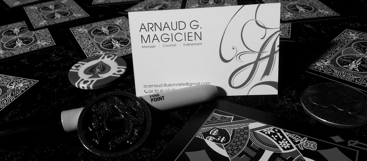 arnaud illusionniste magie spectacle close-up perpignan